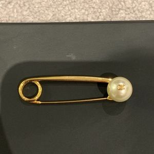 Vintage Chanel Pearl Safety Pin Brooch